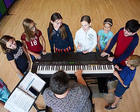 Education_spotlight_class_song_470x378.jpg