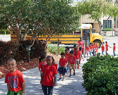 Students coming to the Broward Center