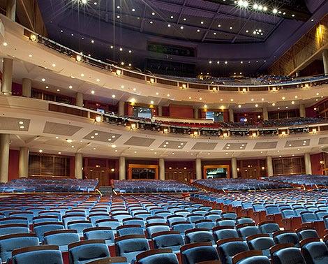 spot-aurenetheater.jpg