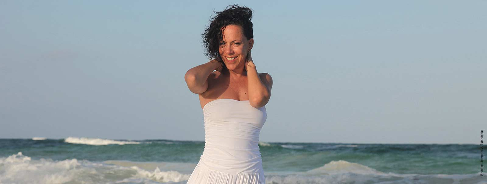 More Info - Bebel Gilberto