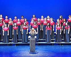 tn_GirlChoir_SingingDancing_MT56917.jpg
