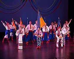 tn_UkrainianDancers_MT56617.jpg